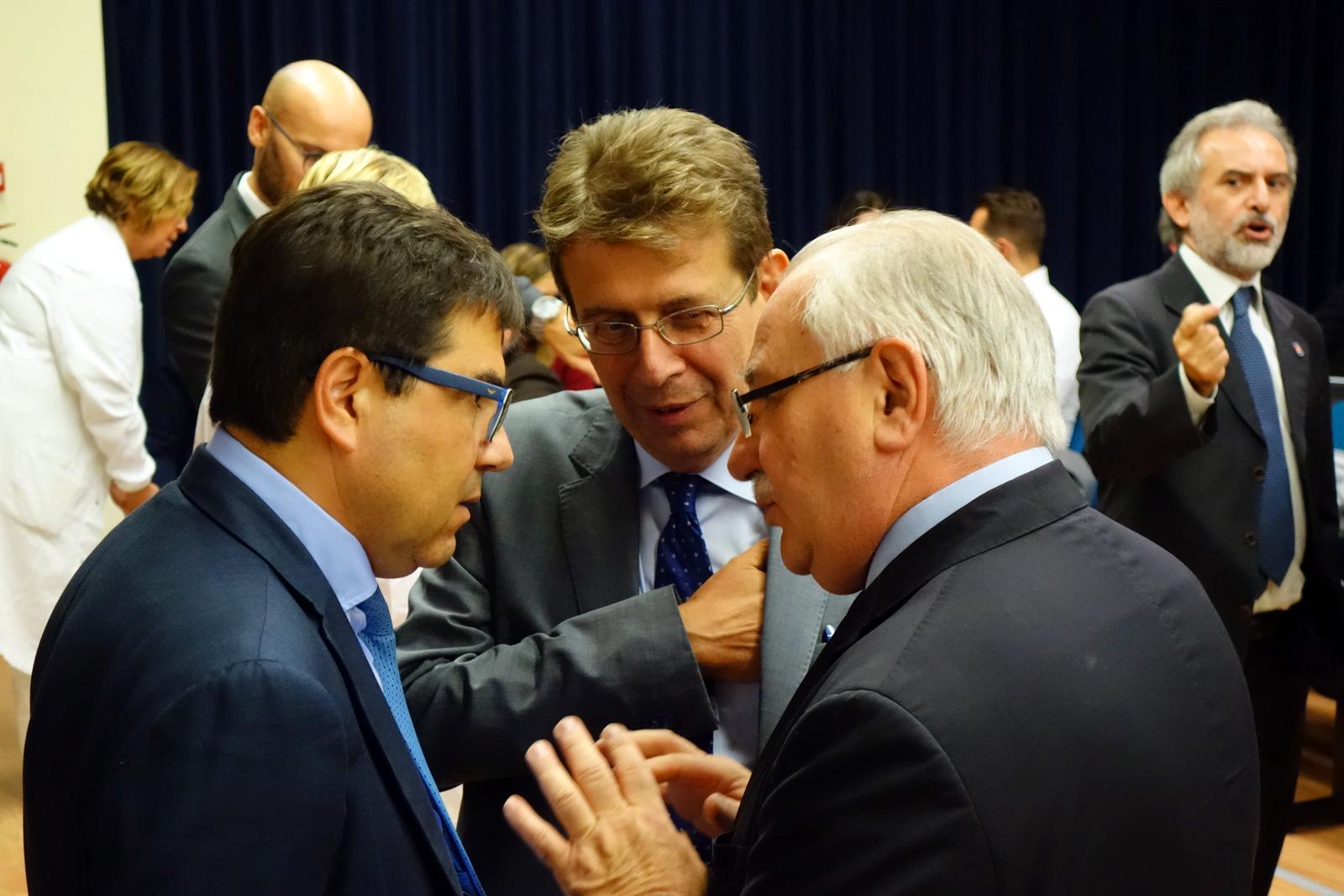 L'assessore Regionale alla sanità D'Amato con il Direttore IFO Ripa di Meana allapresentazione del centro di fase 1 degli IFO