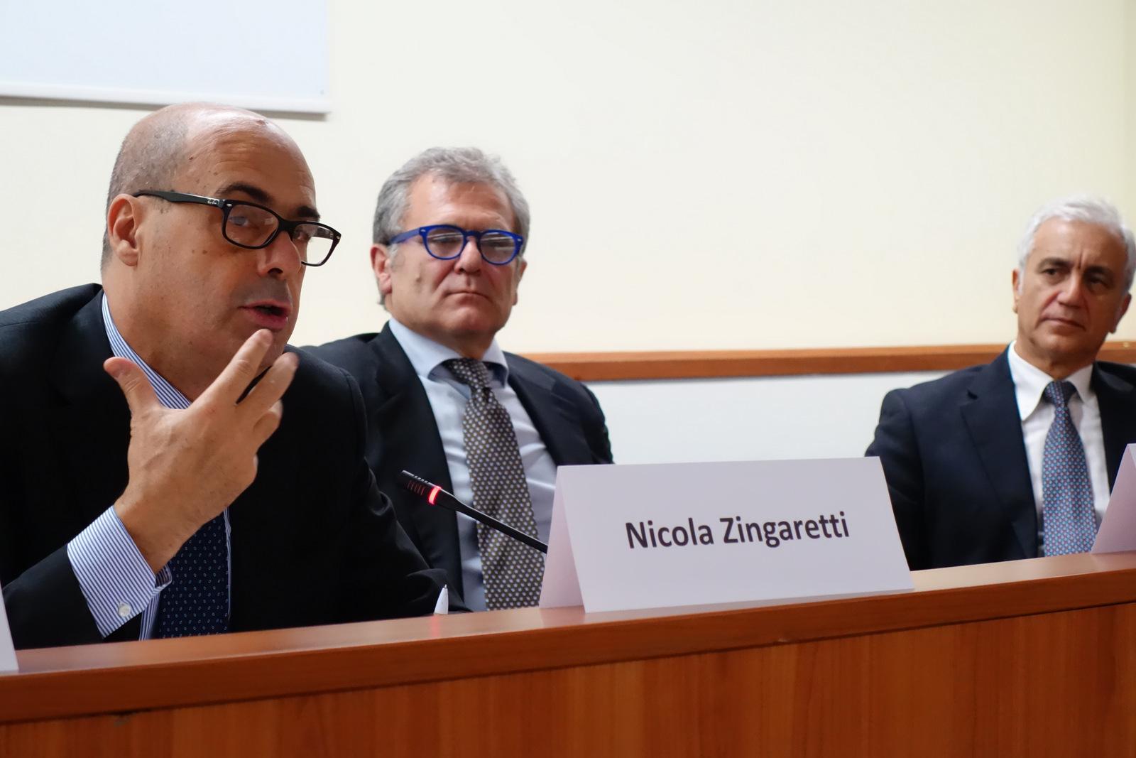 Nicola Zingaretti alla presentazione Fase 1 agli IFO