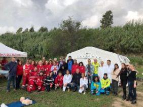 L'equipe di volontari alla giornata di prevenzione dermatologica IFO orti urbani Tre Fontane